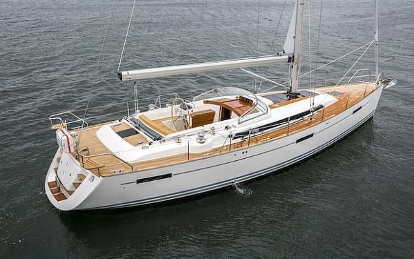 Najad 505 CC im Wasser